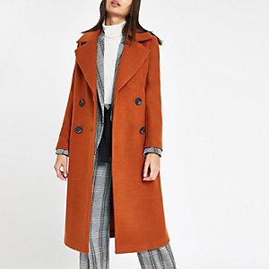 Trendové aj klasické dámske kabáty
